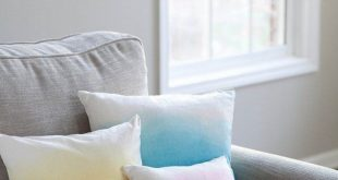 37 DIY Pillows That Will Upgrade Your Decor In Minutes 2019 DIY Pillows and Cr...