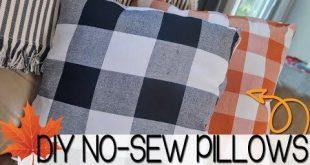 DIY NO-SEW THROW PILLOWS   PILLOWS FROM SEASONAL NAPKINS   DIY FALL PILLOWS - Yo...