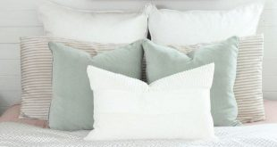 20+ Cozy Perfect Pillow Arrangement Decor Ideas for Queen Bed #bedroom #bedroomd...