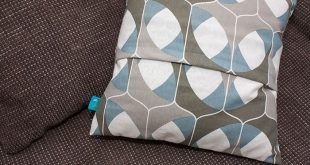 DIY-Anleitung: Kissen mit Hotelverschluss nähen