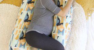 DIY Pregnancy Pillow Tutorial (Art Gallery Fabrics-The Creative Blog)