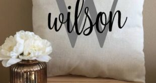 Last Name Pillow, Personalized Last Name Pillow, Decorative Throw Pillow, Custom Wedding Gift Pillow, Initial Pillow, Linen Anniversary Gift